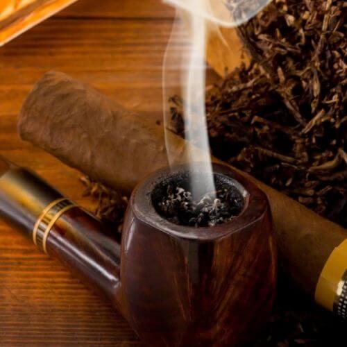 Pipa-Con-Tabacco
